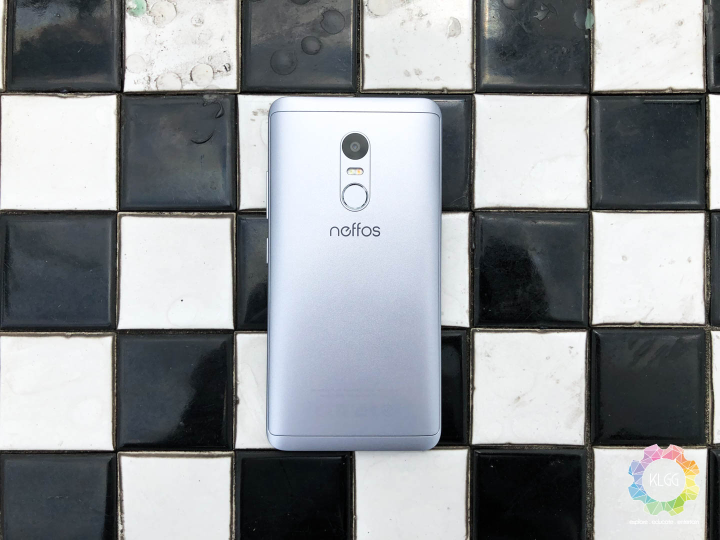 TP-Link Neffos X1 Lite Review: Mid-Range Features, Entry