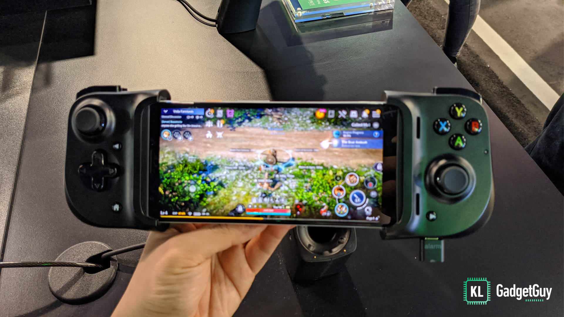 The Razer Kishi is how mobile gaming controllers should have been 1
